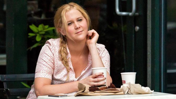 Actress-Amy-Schumer-Eden-Caceda-review