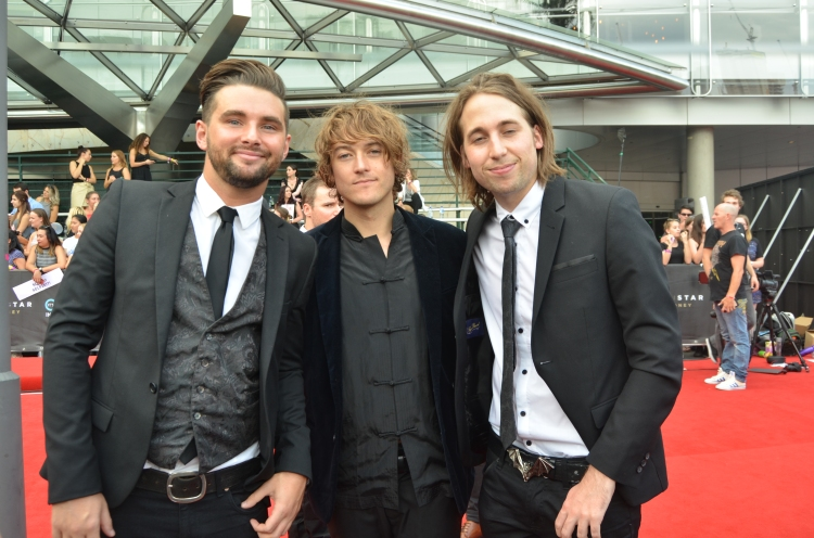 Short Stack at the 2015 ARIA Awards - Photographed by Whitney Duan.JPG